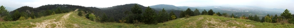 Panorámakép a Sziklás-hegy gerincéről